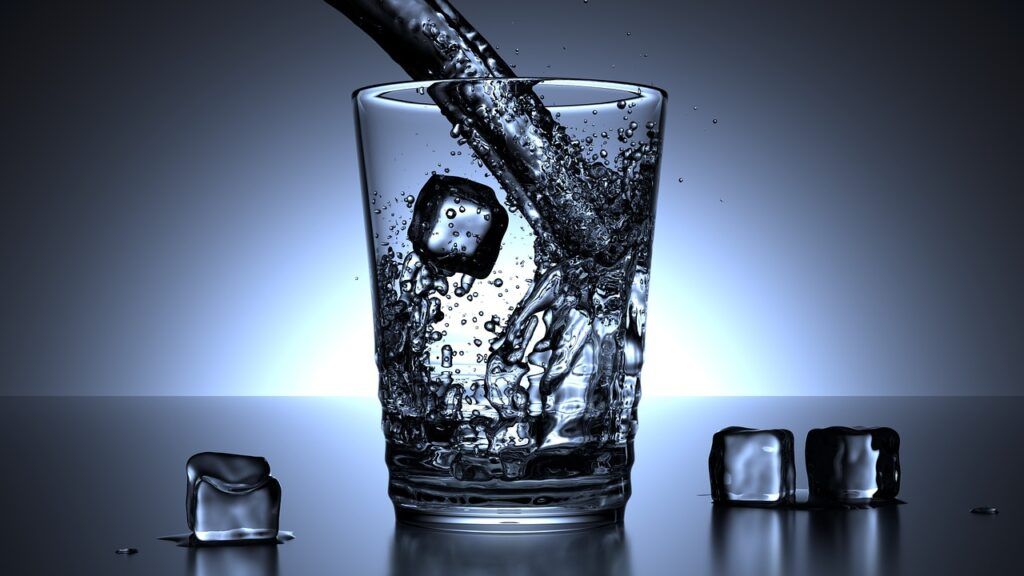 glass, water, ice cubes